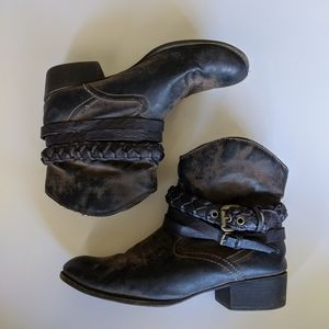 Ankle Cowboy boots womens size 9